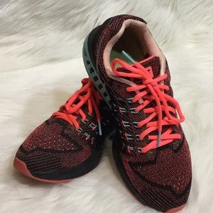 NIKE Zoom Structure 18, Size 8 Women's